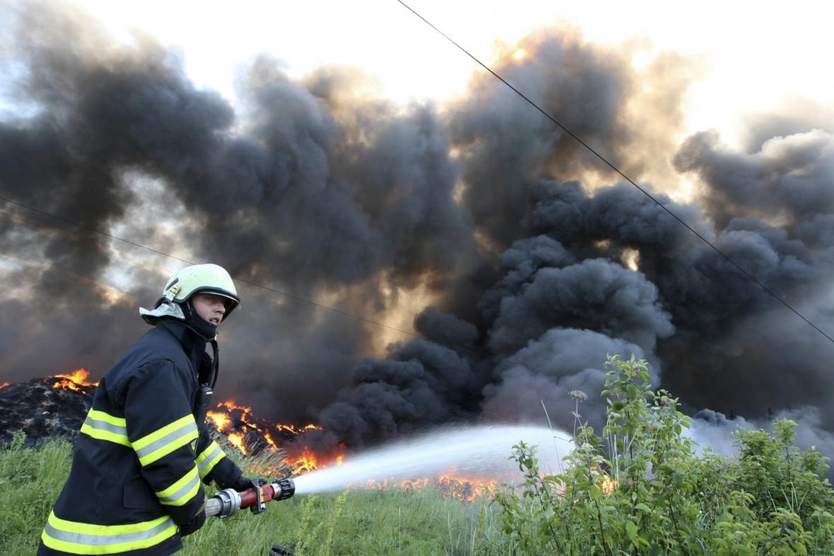 Požár v Tušimicích - 17. 6. 2010