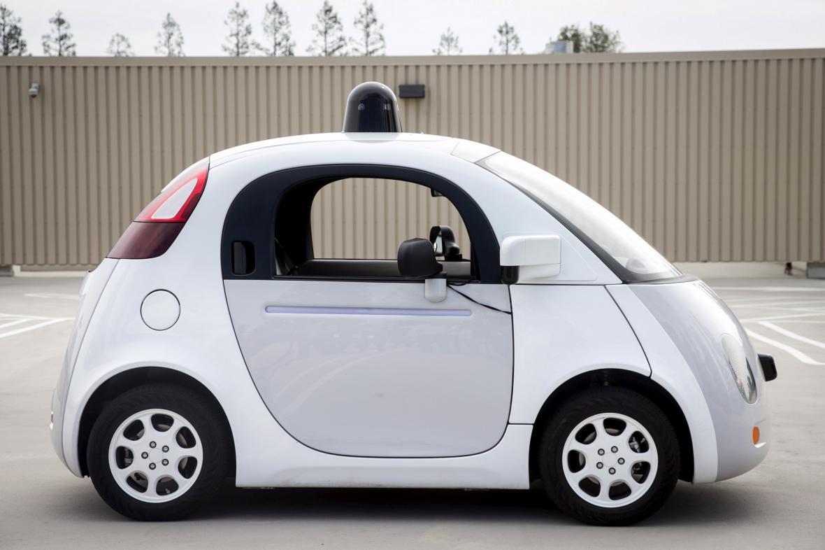 Prototyp samořízeného vozu testovaného Googlem
