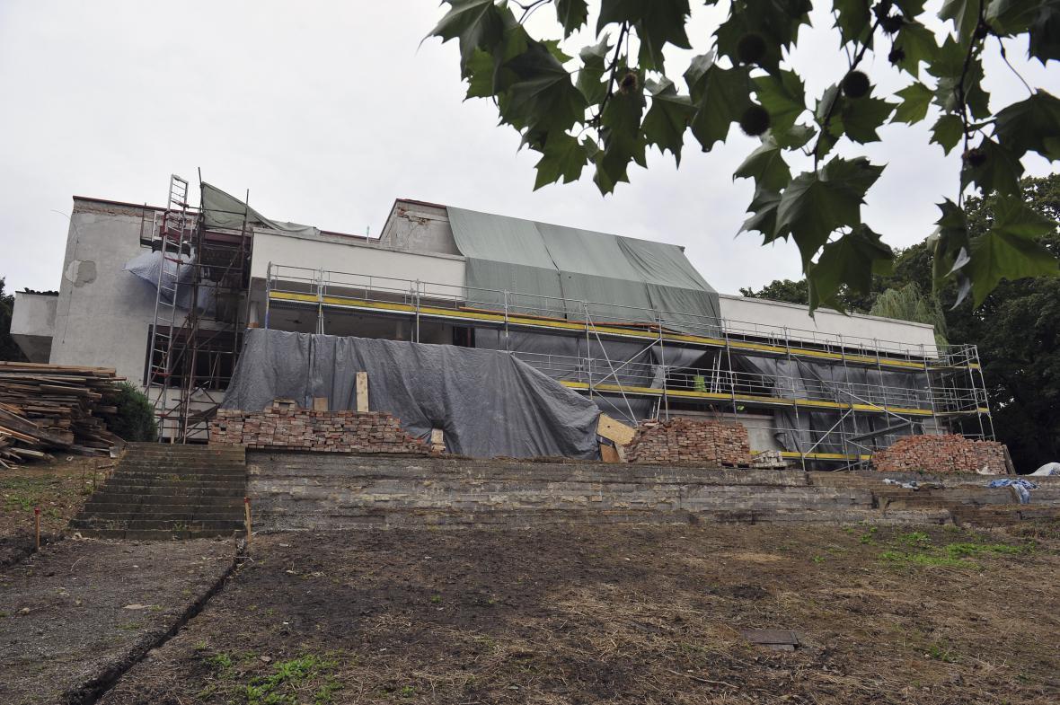 Návštěvníkům se vila uzavřela na dva roky