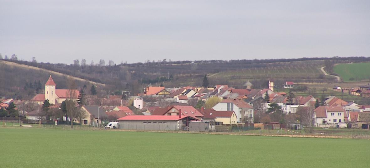 Některé obce na Moravě se vylidňují. Lákají proto nové obyvatele