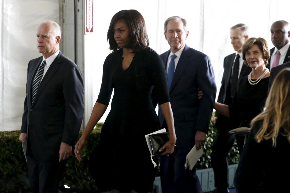 Michelle Obamová a George Bush s manželkou Laurou