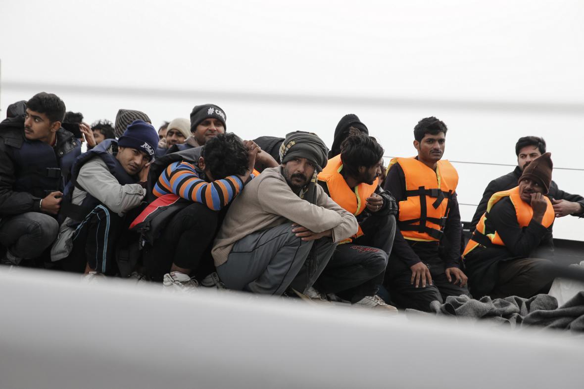 Uprchlíci zachycení řeckou pobřežní stráží