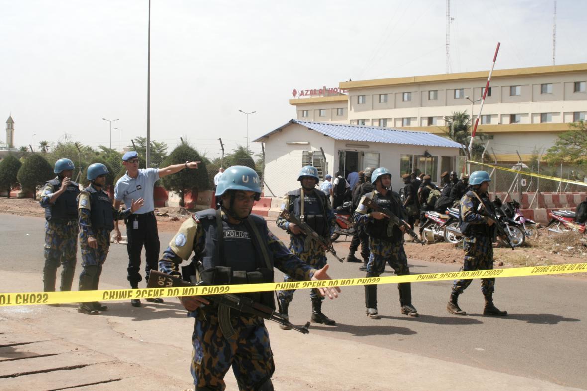 Útok na velitelství mise EU v Mali