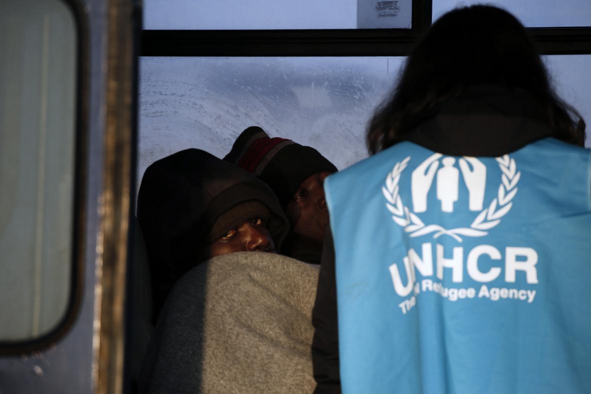 UNHCR přerušuje činnost v Řecku