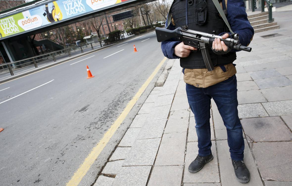 Zpřísněná bezpečnostní opatření v Ankaře