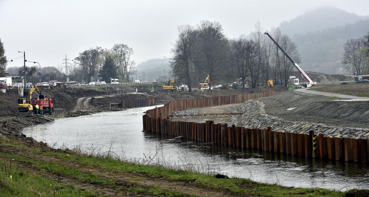 Řeka se posunula o patnáct metrů