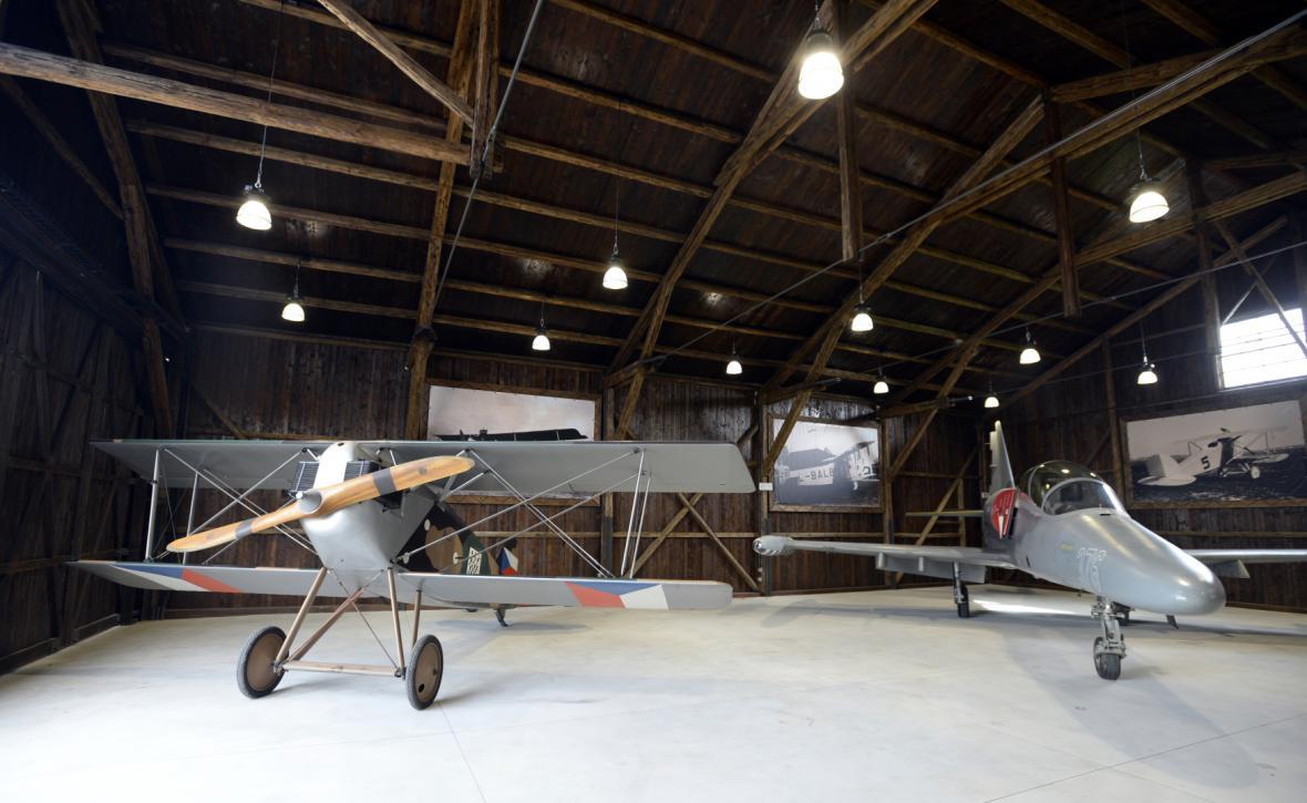 Otevření opravených hangárů Staré Aerovky v Letňanech