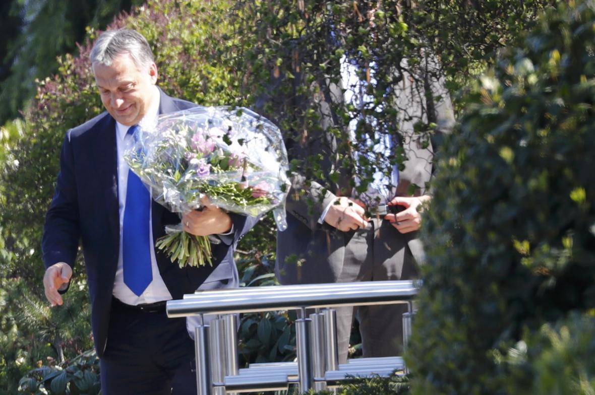 Viktor Orbán přijel navštívit Helmuta Kohla