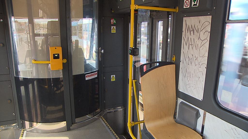 Posprejovaná tramvaj