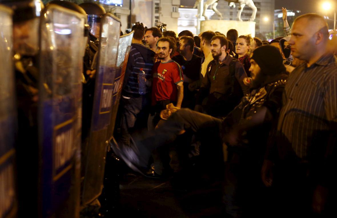 Protest proti prezidentovi v makedonském Skopje