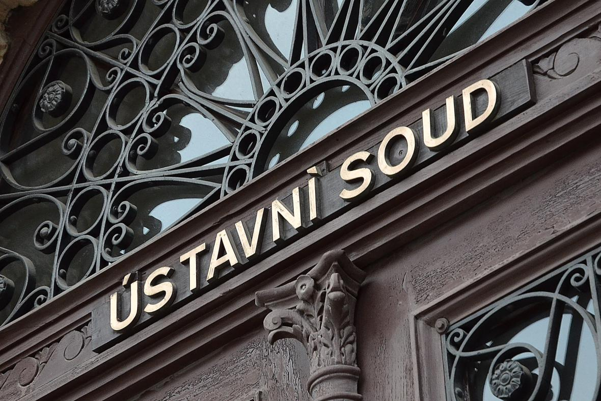 Ústavní soud rozhodl - přípravné řízení musí zůstat u místně příslušného soudu