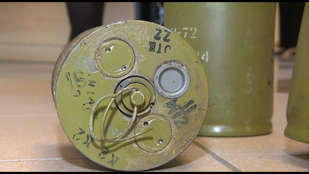 Takto vypadají miny, které firma skladovala ve Vrběticích