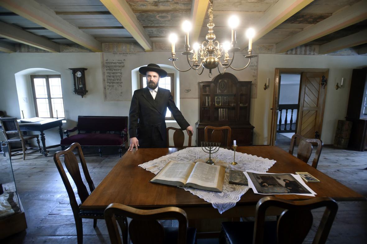 V Holešově otevřely novou studovnu rabína Šacha