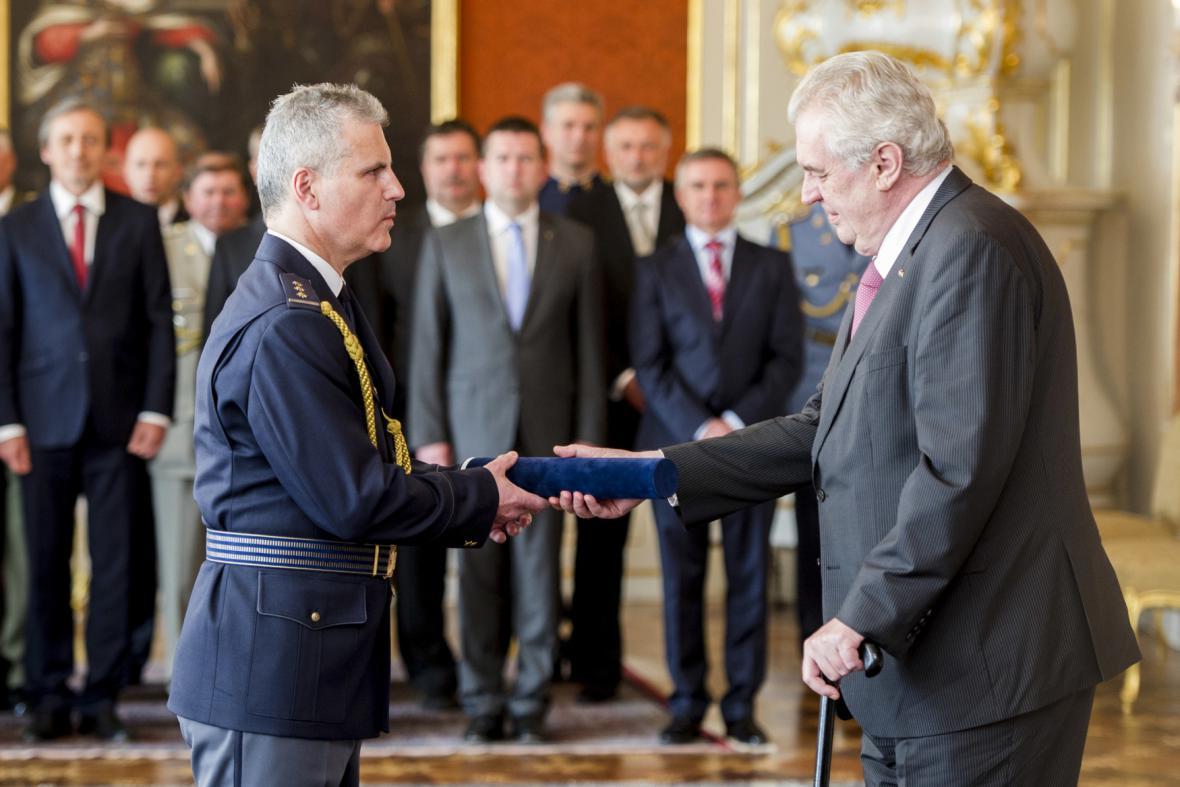Petr Kašpar při jmenování generálním ředitelem celní správy