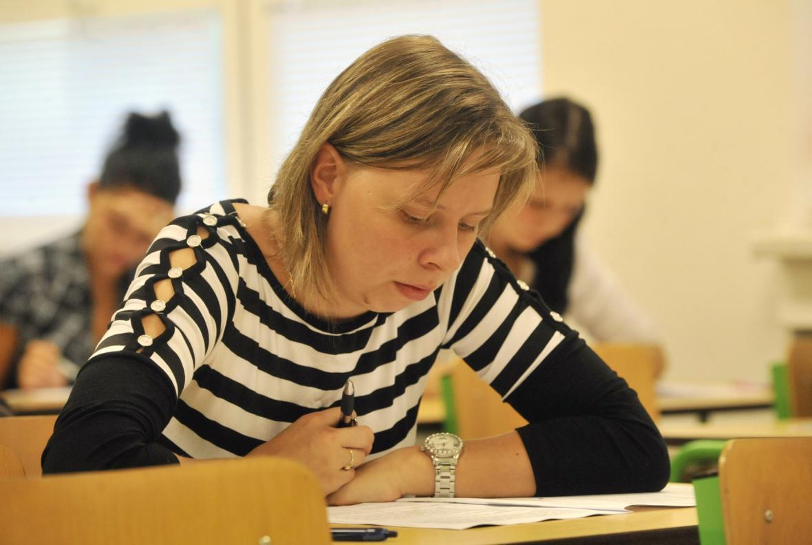 Studenti znají výsledky státních maturitních testů
