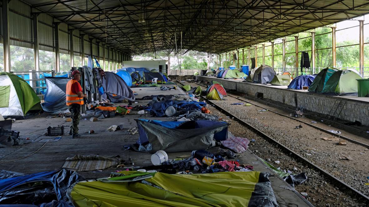 Vyprázdněný tábor v Idomeni