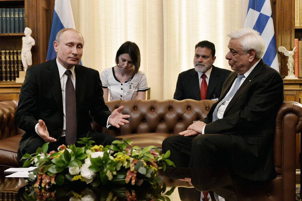 Putin v rozhovoru s řeckým prezidentem Pavlopoulosem