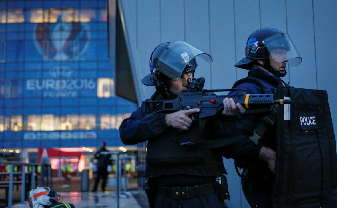 Policie v Lyonu nacvičuje zásah v případě teroristického útoku během fotbalového Eura