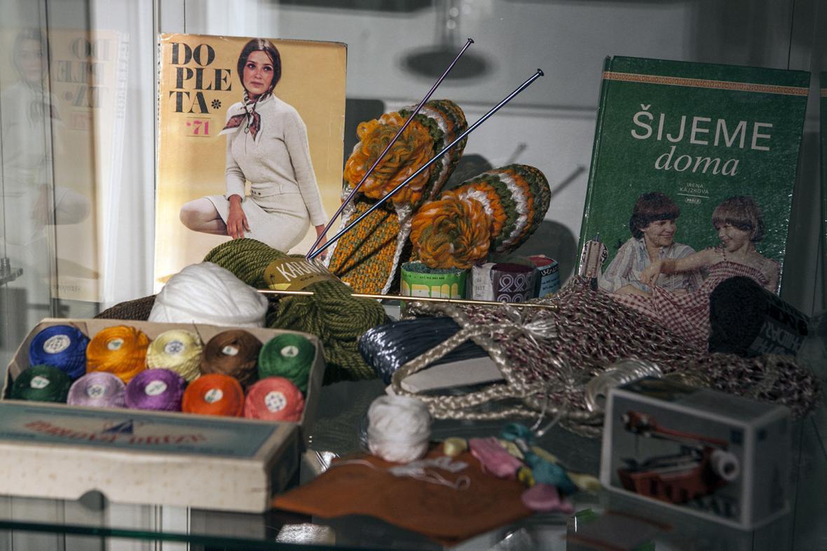 Výstava Retro v Tančícím domě