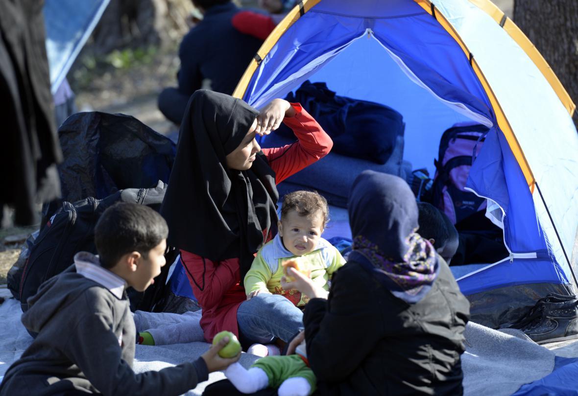 Uprchlíci v řeckém uprchlickém táboře