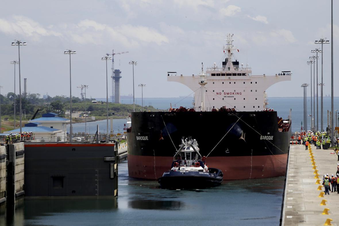 Rozšířený Panamský průplav čeká po devíti letech stavebních prací na svou inauguraci.