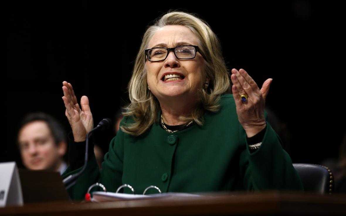 Clintonová v roce 2013, kdy čelila slyšení kvůli Benghází
