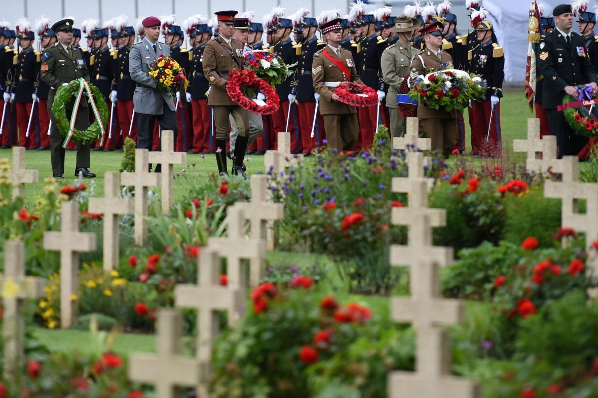 Pietní ceremoniál k výročí bitvy na Sommě