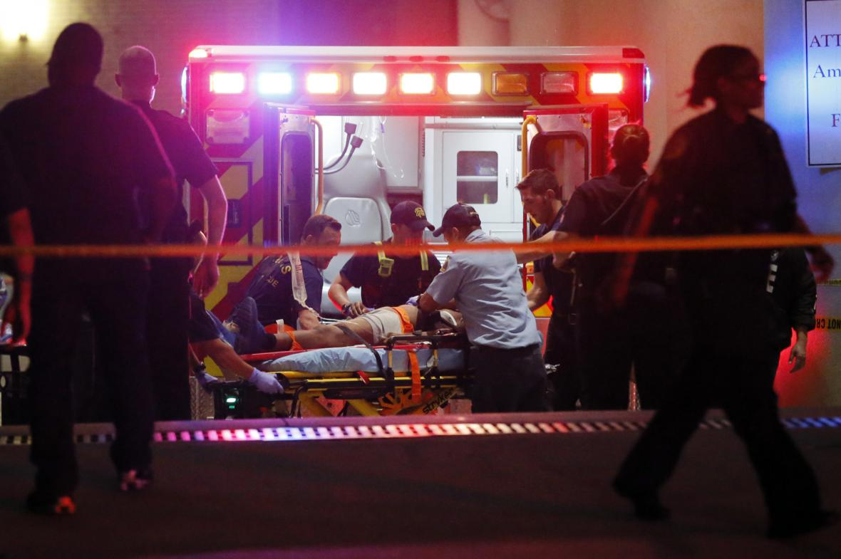 Střelba v Dallasu
