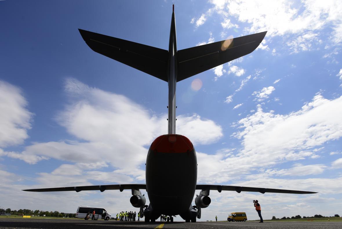 Letadlo KC-390