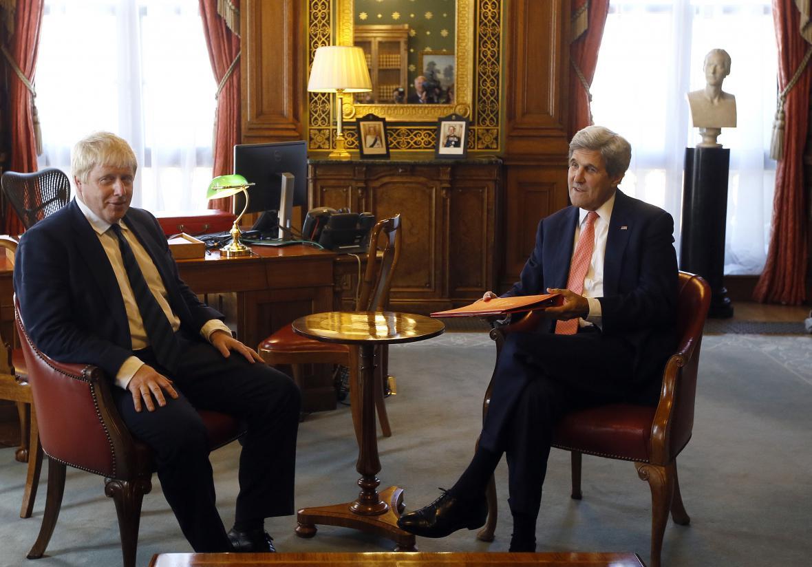 Boris Johnson při jednání s Johnem Kerrym probíral hlavně Sýrii