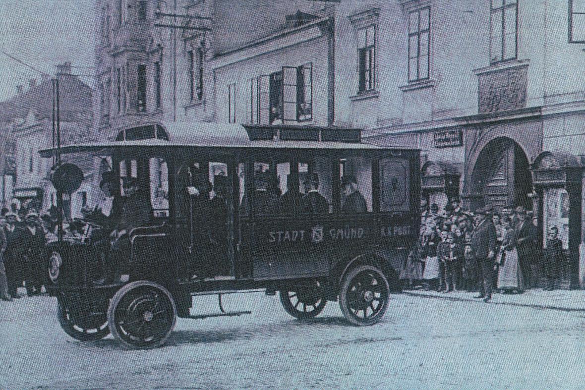 Trolejbus v českých Velenicích