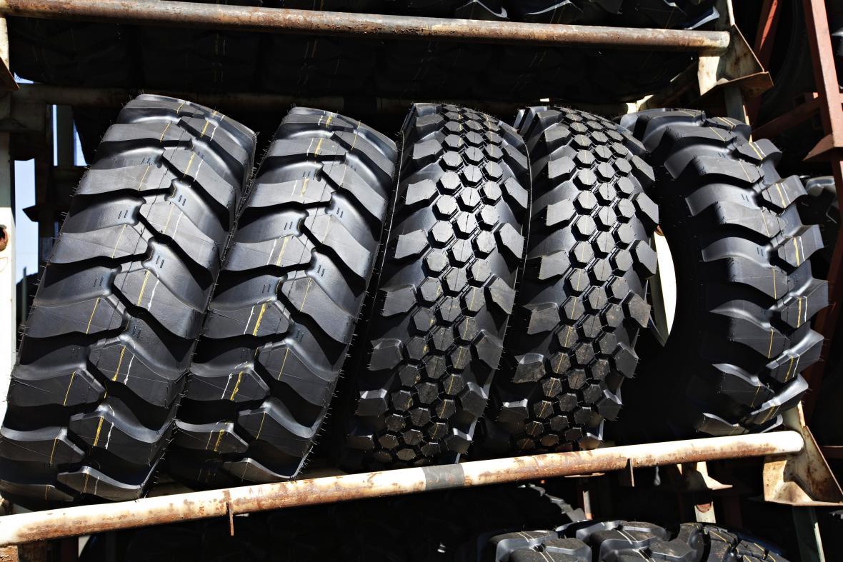 V Česku už funguje přes tisíc sběrných míst pneumatik