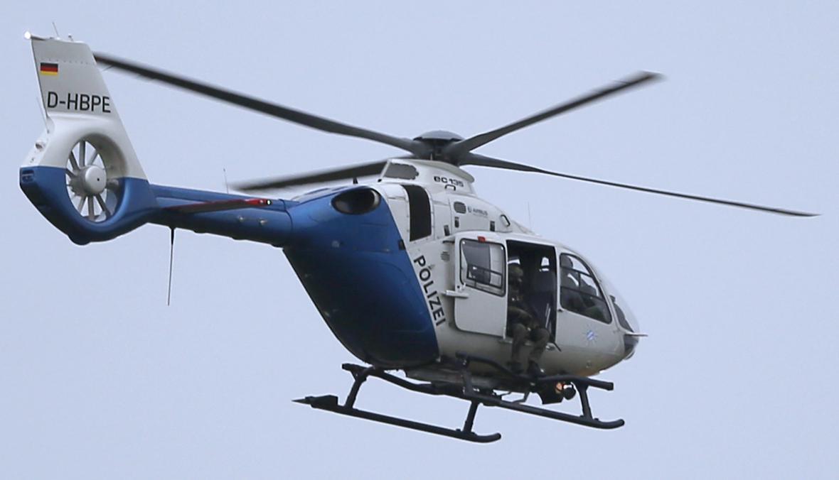 Policejní helikoptéra nad Mnichovem