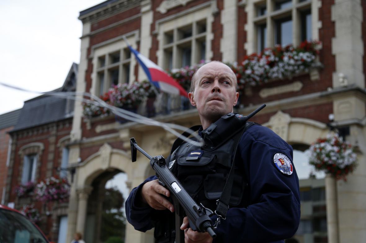 Další útok Islámského státu, zabíjelo se přímo v kostele