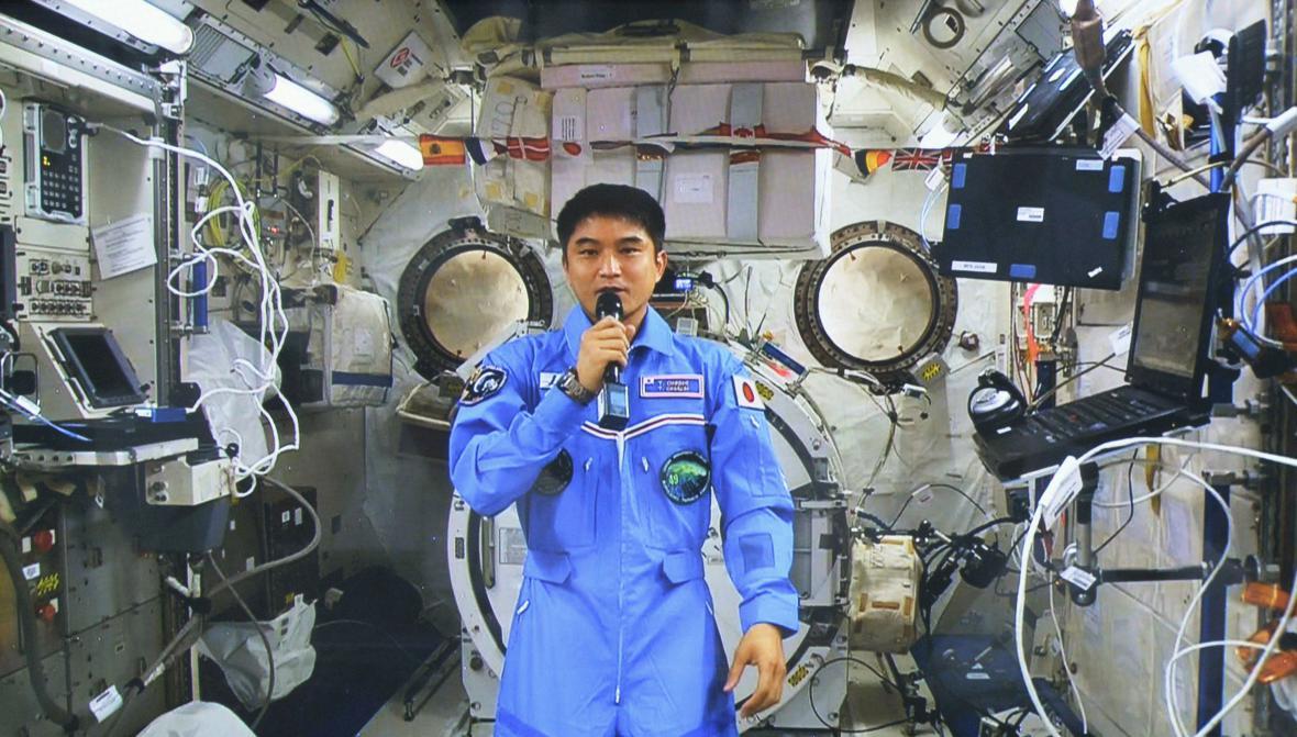 S kosmonautem budou děti hovořit deset minut