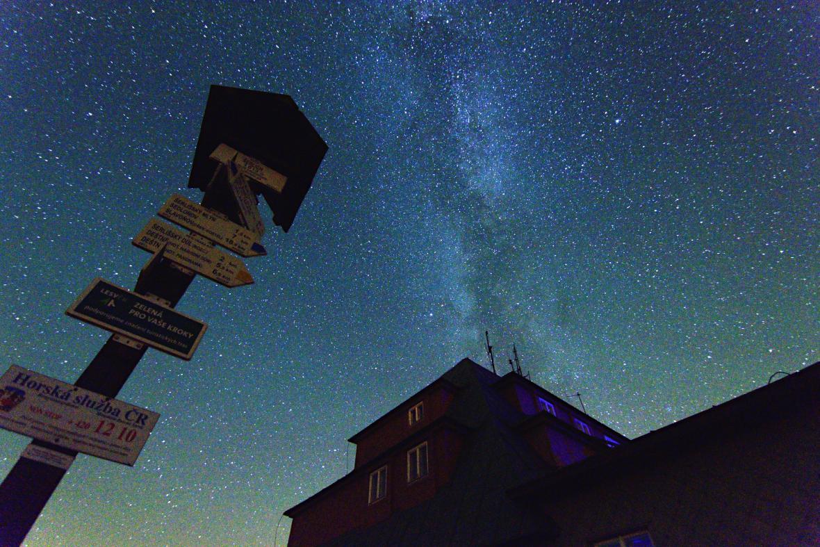 Souhvězdí Persea v Orlických horách