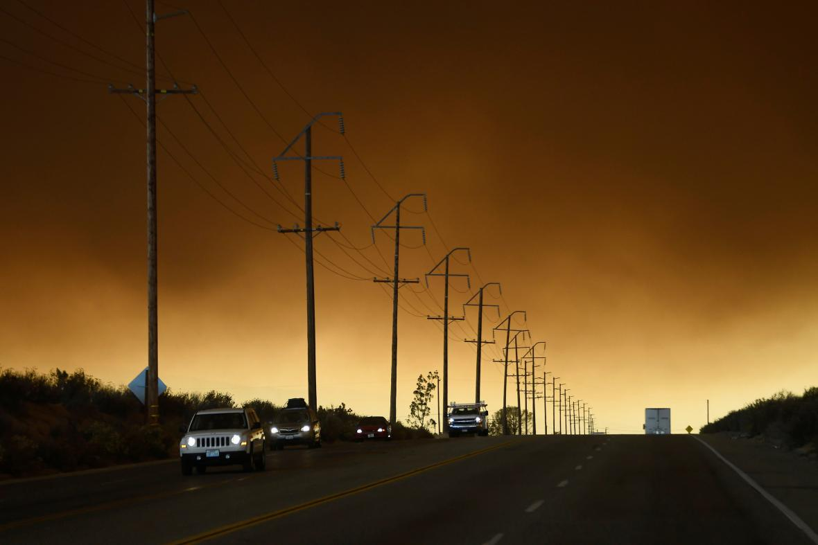 Požár v San Bernardinu