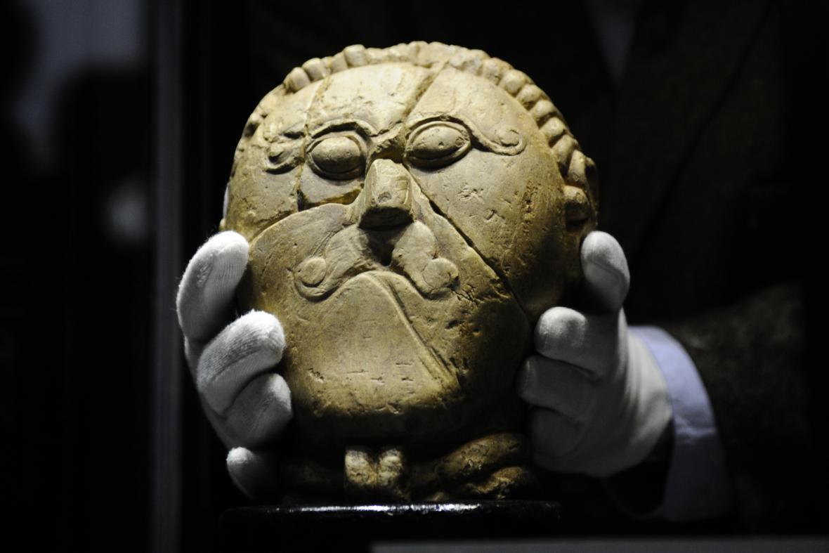 Další pravěké venuše a významné archeologické nálezy
