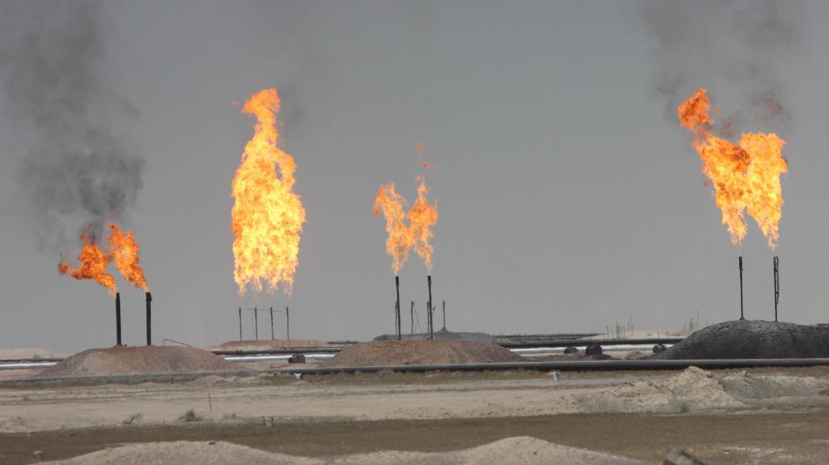 Ropné pole v Iráku