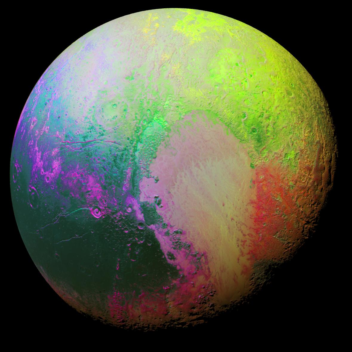 Psychedelické Pluto: Barevně upravené fotografie lépe ukazují odlišnosti na povrchu trpasličí planety.