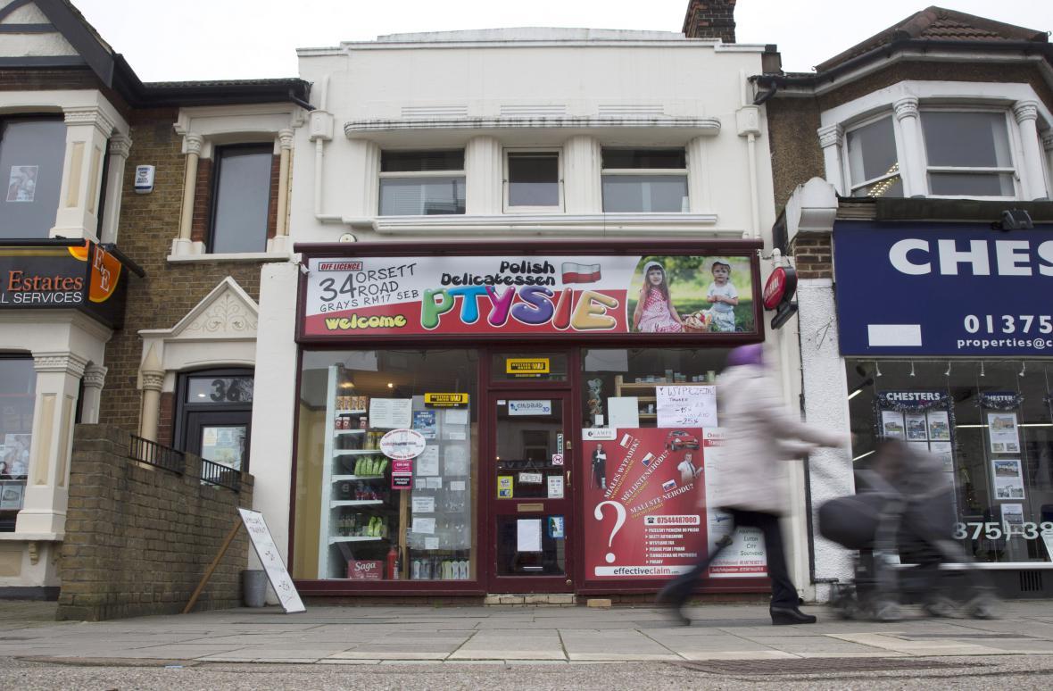 Polský obchod ve městě Greys na jihu Británie