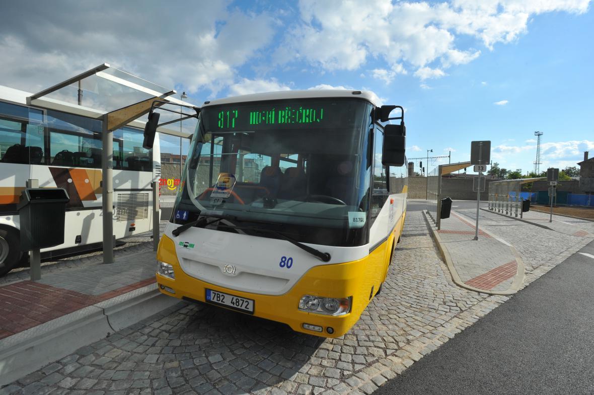 Autobus znojemské hromadné dopravy
