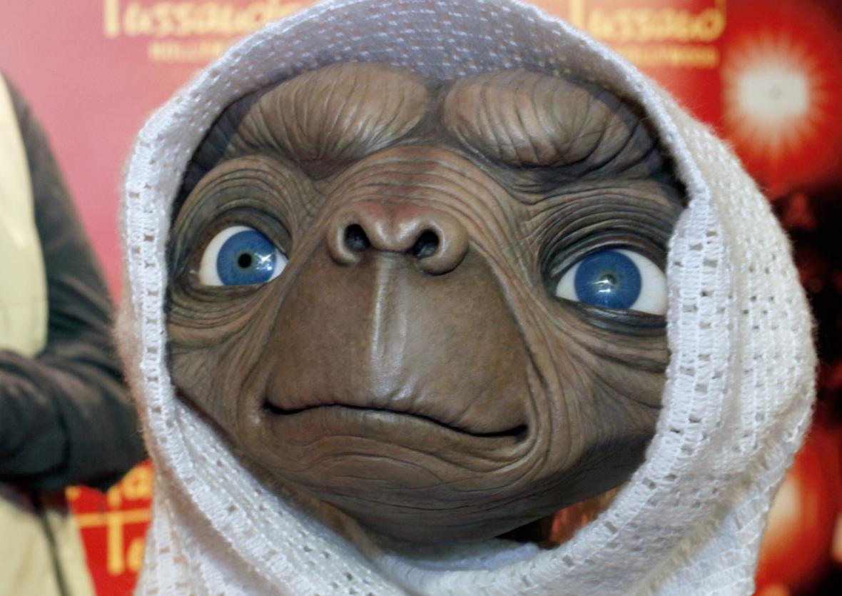 ET volá domů