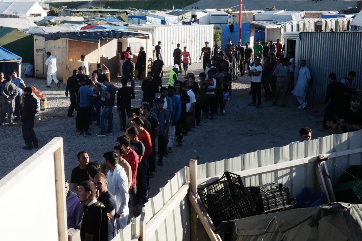 Uprchlický tábor Jungle v Calais v září 2016
