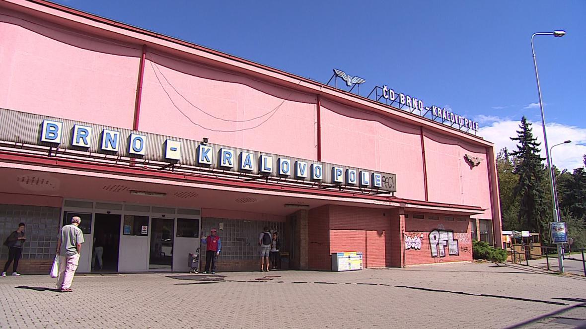 Přestupní terminál a nádraží v Králově poli patří k nejfrekventovanějším v kraji