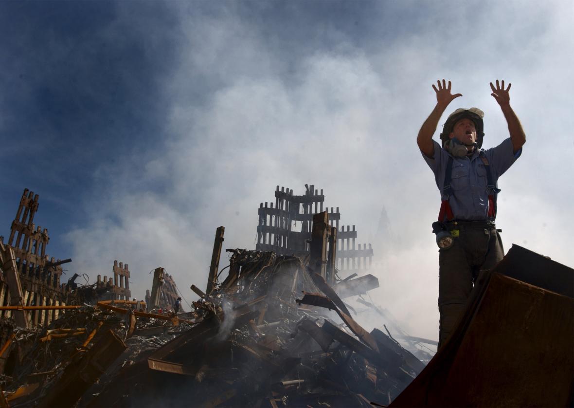 Trosky po zřícení jedné z věží World Trade Center
