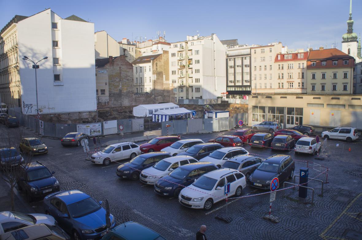 Místo, kde by do čtyř let mělo stát nové kulturní centrum