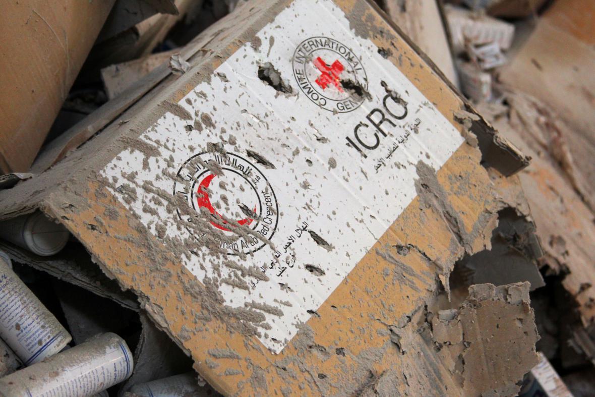 Zničené dodávky humanitární pomoci