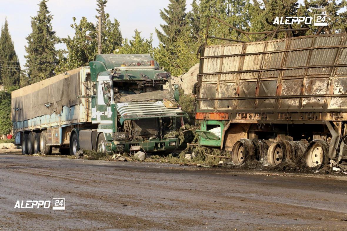 Kamiony s humanitární pomocí po útoku