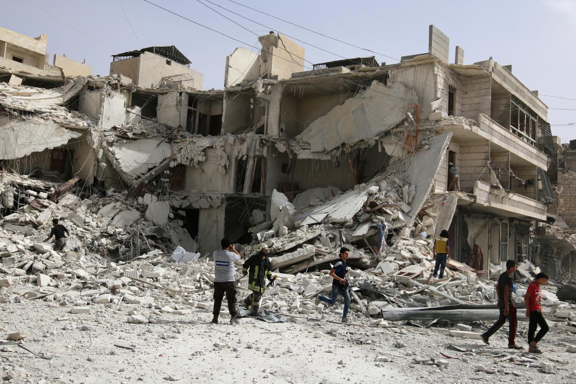 Zničené ulice Aleppa